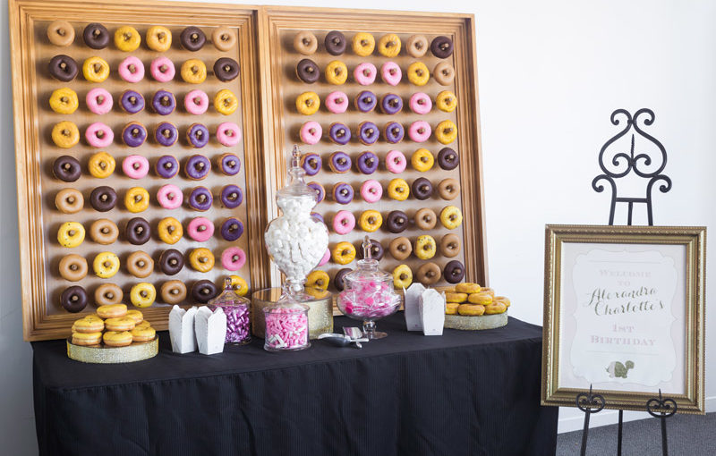 Donut wall with heart design
